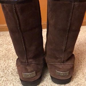 Tall brown UGG  boots.